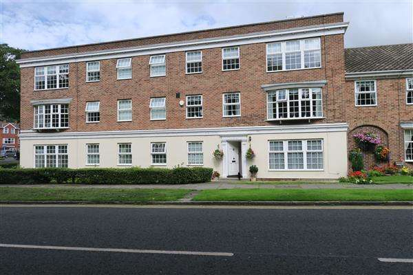 2 Bedrooms Apartment Flat for sale in Grosvenor Road, South Shields