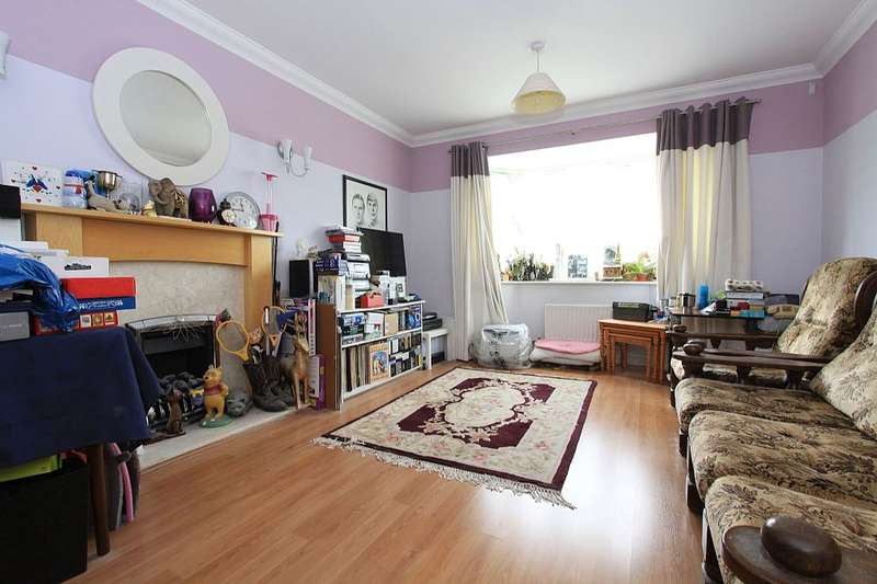 4 Bedrooms Detached House for sale in Pond Head Lane, Earley, Reading, Berkshire, RG6 7ET