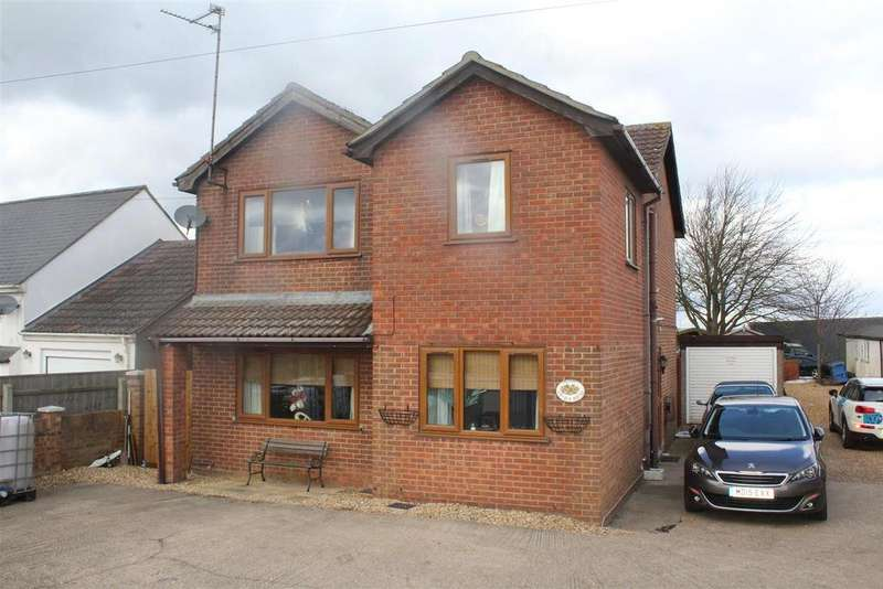 4 Bedrooms Detached House for sale in Main Road, Thorney Toll, Wisbech