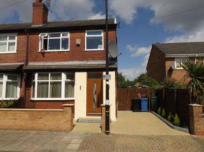 3 Bedrooms Semi Detached House for sale in Beresford Road, Stretford, Manchester, Greater Manchester