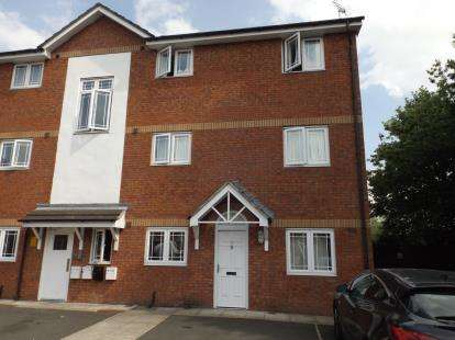 2 Bedrooms Maisonette Flat for sale in Apple Blossom Grove, Cadishead, Manchester, Greater Manchester