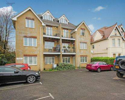 2 Bedrooms Flat for sale in 34 Florence Road, Bournemouth, Dorset