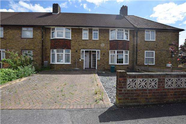 2 Bedrooms Terraced House for sale in Cerne Road, MORDEN, Surrey, SM4 6QQ