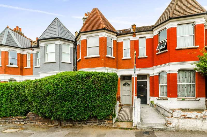 3 Bedrooms Flat for sale in Inderwick Road, Crouch End, N8