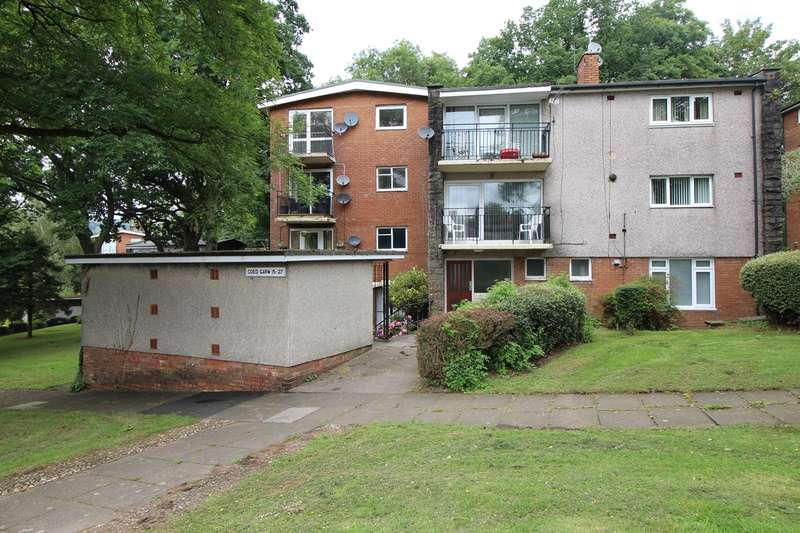 2 Bedrooms Flat for sale in Coed Garw, Croesyceiliog, Cwmbran, NP44