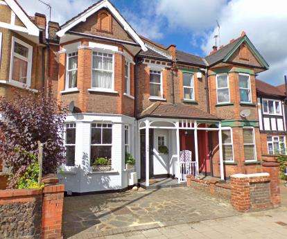 5 Bedrooms Terraced House for sale in Harrow View, Harrow, Middlesex