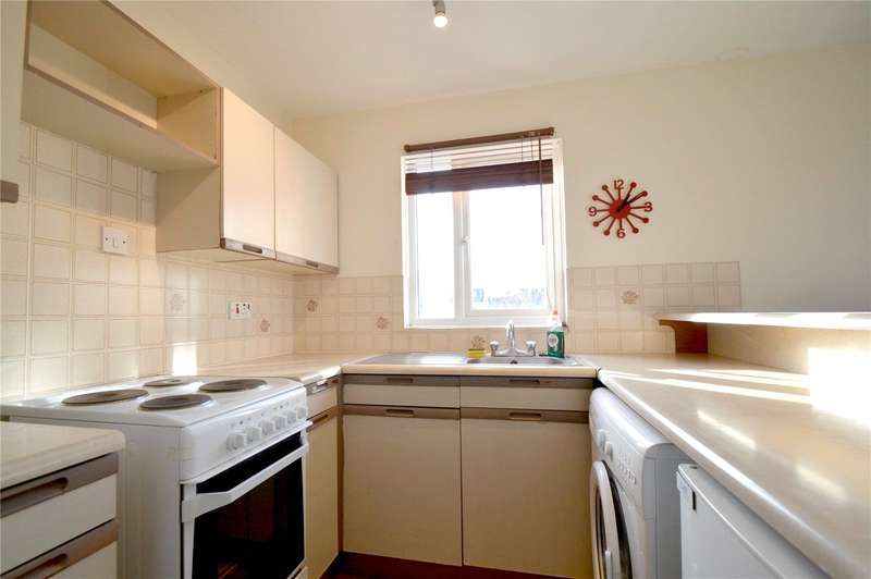 1 Bedroom Apartment Flat for sale in Coe Avenue, Woodside