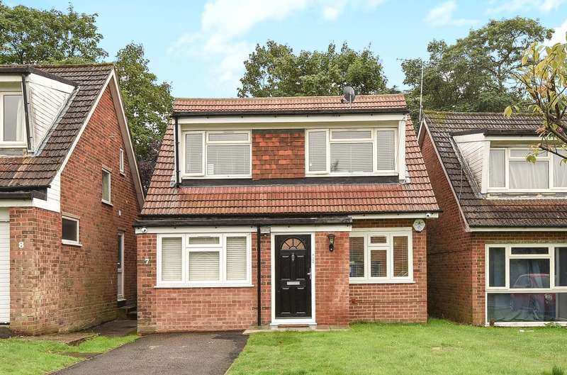 4 Bedrooms Detached House for sale in Sylvana Close, Hillingdon, Middlesex, UB10