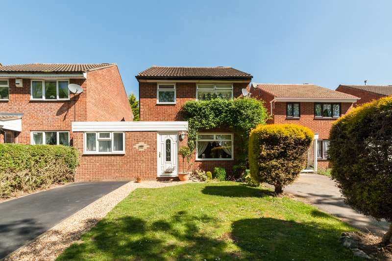 3 Bedrooms Detached House for sale in Bishopstone, Milton keynes, Buckinghamshire, MK13