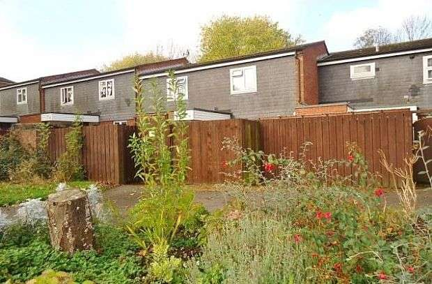 2 Bedrooms Flat for sale in Delphi Way, Waterlooville, Hampshire, PO7 8AZ