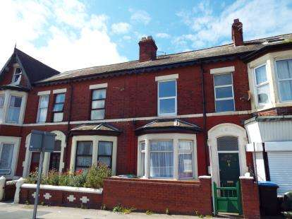 4 Bedrooms Terraced House for sale in Lytham Road, Blackpool, Lancashire, FY4