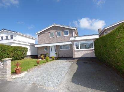 3 Bedrooms Detached House for sale in Rhodfa Shorney, Valley, Holyhead, Sir Ynys Mon, LL65