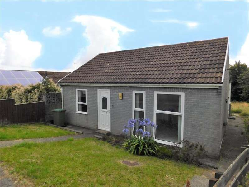 2 Bedrooms Detached Bungalow for sale in Polwithen Drive, Carbis Bay, Cornwall