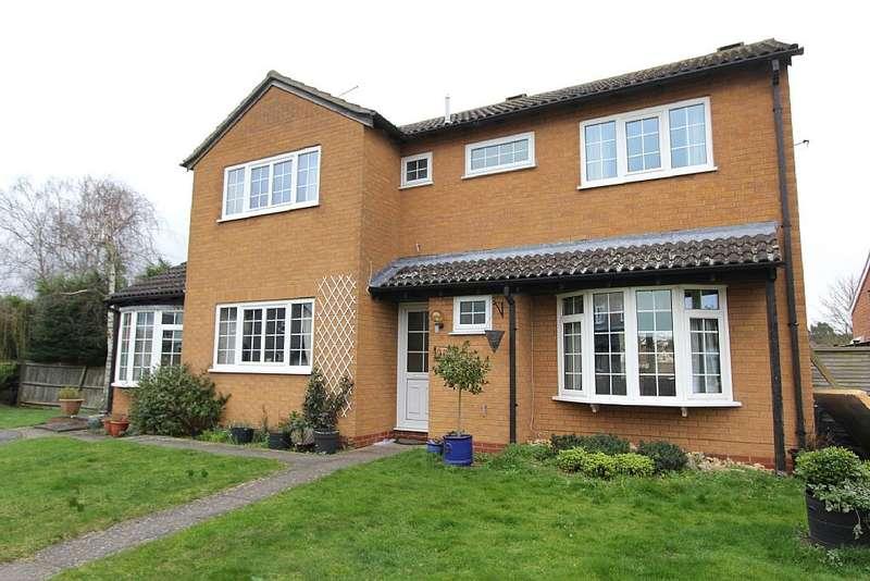 4 Bedrooms Detached House for sale in The Leys, Alconbury, Huntingdon, Cambridgeshire, PE28 4HR