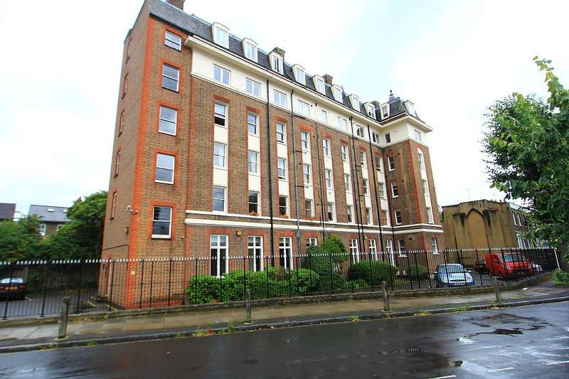 2 Bedrooms Flat for sale in Dartmouth House, 15 Catherine Grove, London, London, Se10