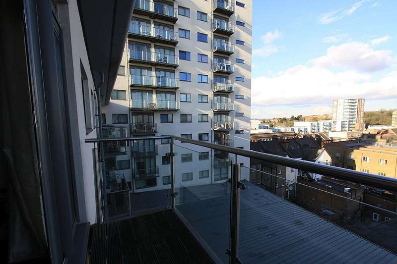 2 Bedrooms Apartment Flat for sale in Central Apartments, 455 High Road, Wembley, London, HA9 7AF