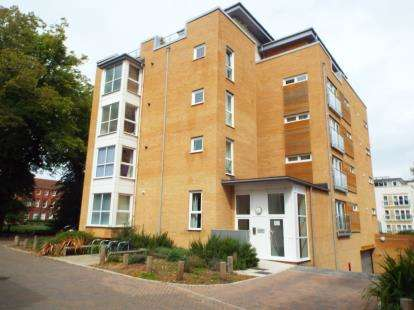 1 Bedroom Flat for sale in 87 The Avenue, Banister Park, Southampton