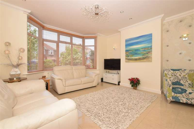 3 Bedrooms Semi Detached House for sale in Loxwood Avenue, Worthing, West Sussex