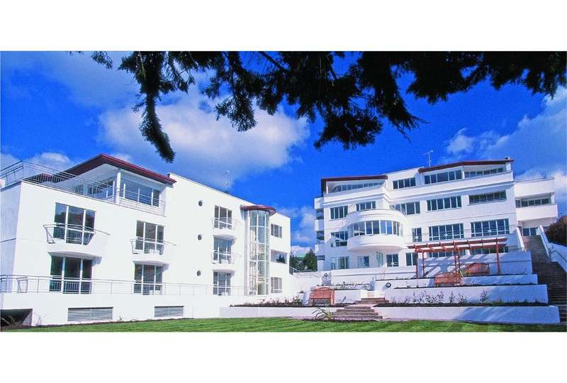 2 Bedrooms Apartment Flat for sale in Conning Towers, 75 Haven Road, POOLE, BH13