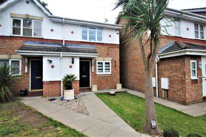 2 Bedrooms Semi Detached House for sale in Brancaster Drive, Mill Hill