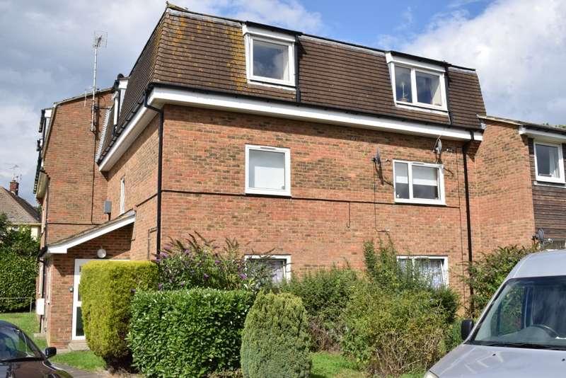 1 Bedroom Apartment Flat for sale in Sutton Court, MARDEN Tonbridge