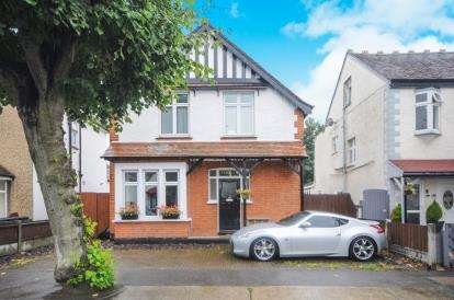 2 Bedrooms Detached House for sale in Southend-On-Sea, Essex