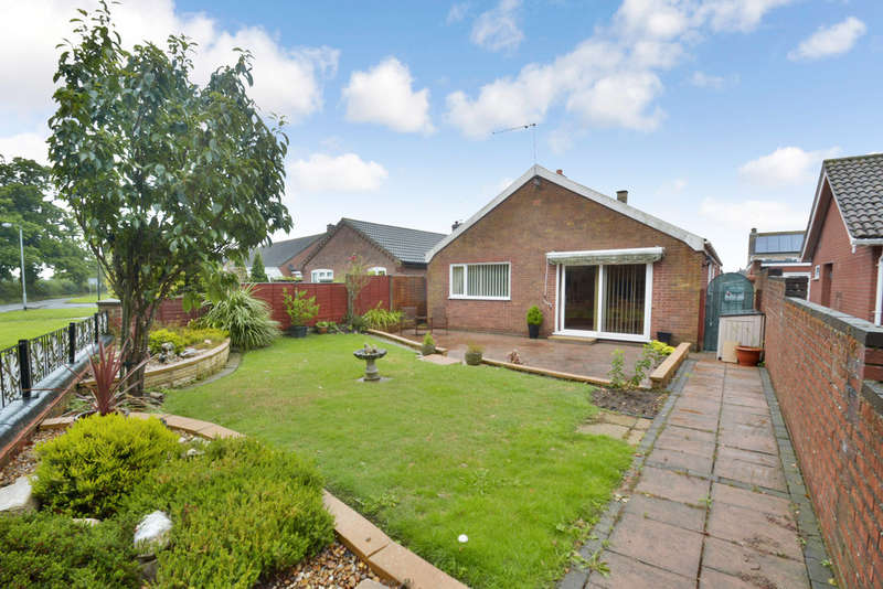 3 Bedrooms Detached Bungalow for sale in Herolf Way, Harleston