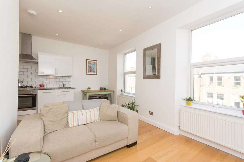 1 Bedroom Flat for sale in Maygrove Road, West Hampstead, NW6