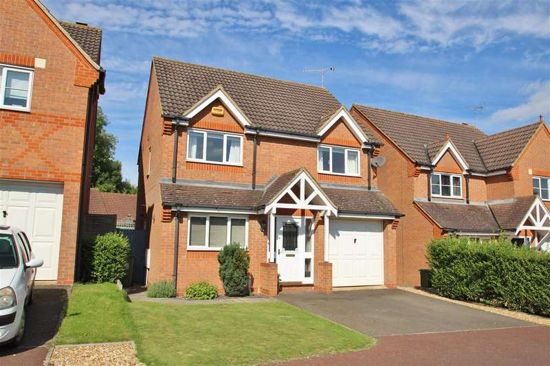 4 Bedrooms Detached House for sale in Embleton Way, Buckingham