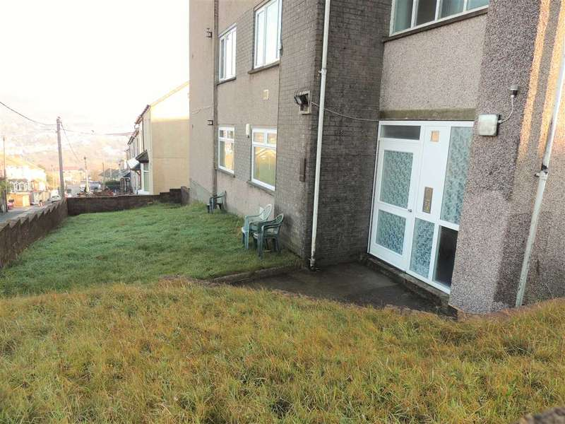 2 Bedrooms Apartment Flat for sale in Gilfach Rd, Penygraig, Tonypandy