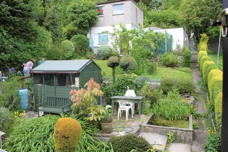 3 Bedrooms Semi Detached House for sale in Partridge Road, Llwynypia, Tonypandy