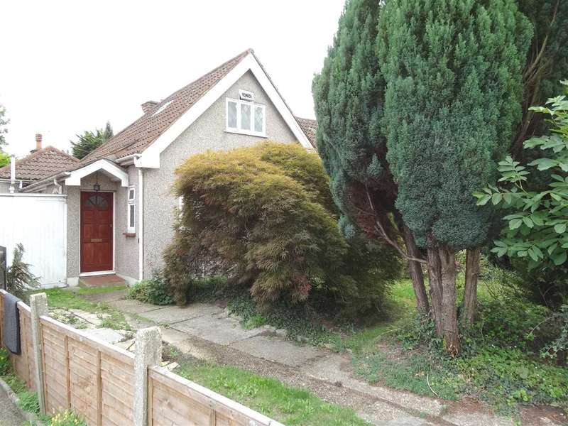 3 Bedrooms Bungalow for sale in Jersey Road, Osterley