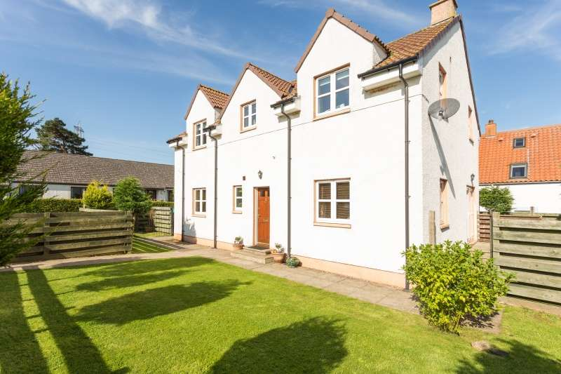 4 Bedrooms Detached House for sale in Hoprig Square, Cockburnspath, East Lothian, TD13 5YX