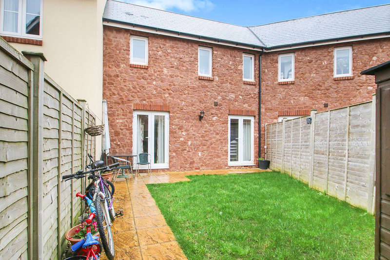 3 Bedrooms Semi Detached House for sale in Canal View, Bathpool, Taunton, TA2
