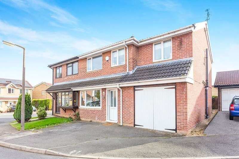 4 Bedrooms Semi Detached House for sale in Whyston Court, Hucknall, Nottingham, NG15