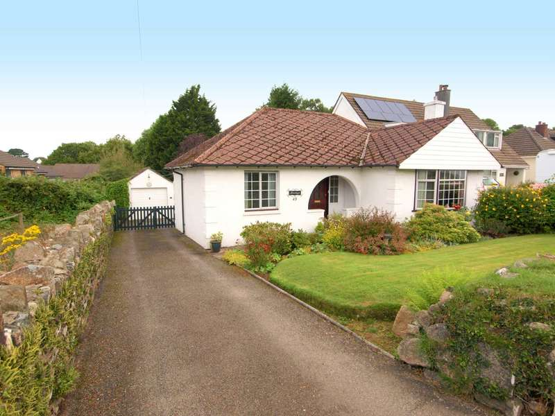 3 Bedrooms Detached Bungalow for sale in Tavistock Road, Callington, PL17 7RB