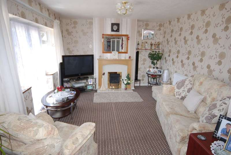 3 Bedrooms Terraced House for sale in Middle Cliff, Barrow-in-Furness, LA14 4EH