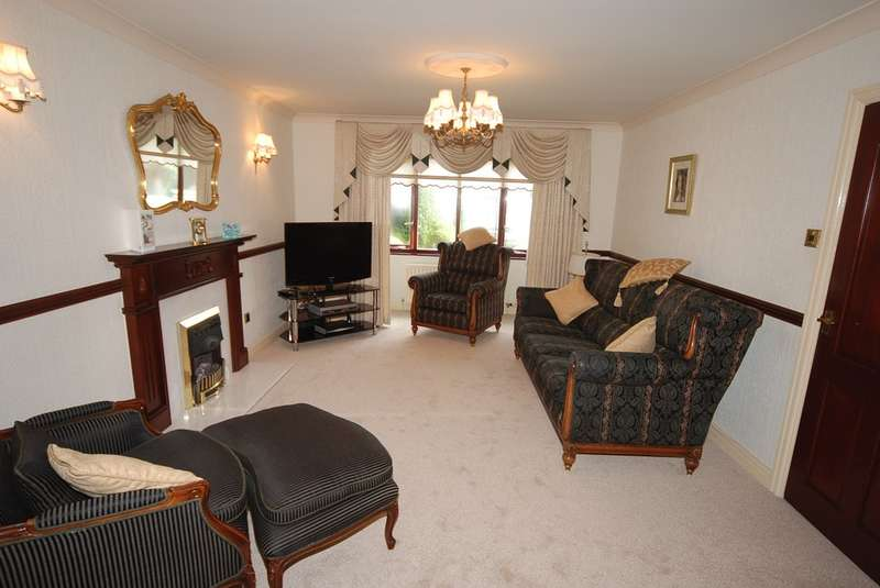 4 Bedrooms Detached House for sale in Inglewood, Barrow-in-Furness, Cumbria, LA13 9UN
