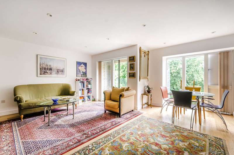 3 Bedrooms Flat for sale in Westking Place, Bloomsbury, WC1H