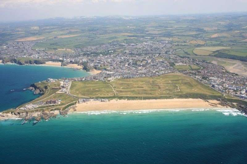 3 Bedrooms Flat for sale in Mountwise, Newquay