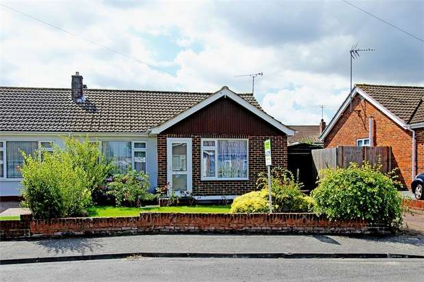 2 Bedrooms Semi Detached Bungalow for sale in Chegworth Gardens, Tunstall, Sittingbourne, Kent