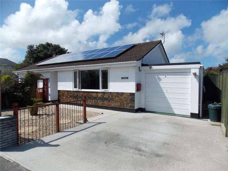 3 Bedrooms Detached Bungalow for sale in Tresithney Road, Carharrack, Redruth