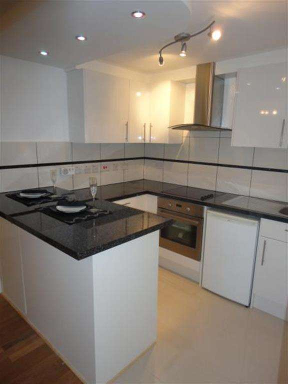 2 Bedrooms Ground Flat for sale in Kinian Court, 88 Scarle Road, Wembley, HA0 4SP