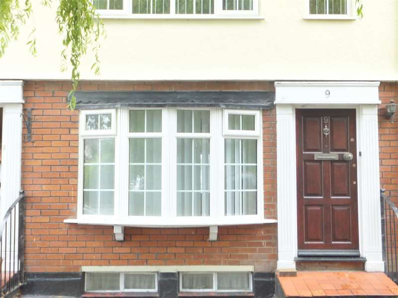 4 Bedrooms Terraced House for sale in Colin Close, Huyton, Liverpool