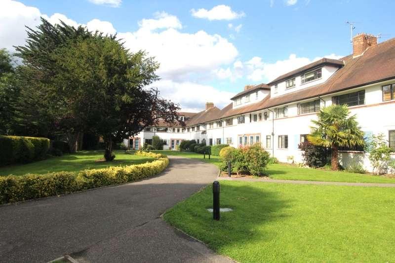 2 Bedrooms Flat for rent in Popes Avenue, Twickenham, TW2