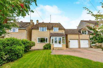 4 Bedrooms Link Detached House for sale in Church Street, Helmdon, Brackley, Northamptonshire