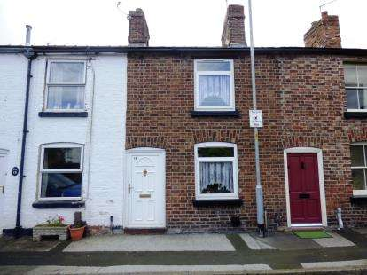 1 Bedroom Terraced House for sale in Mount Terrace, Macclesfield, Cheshire
