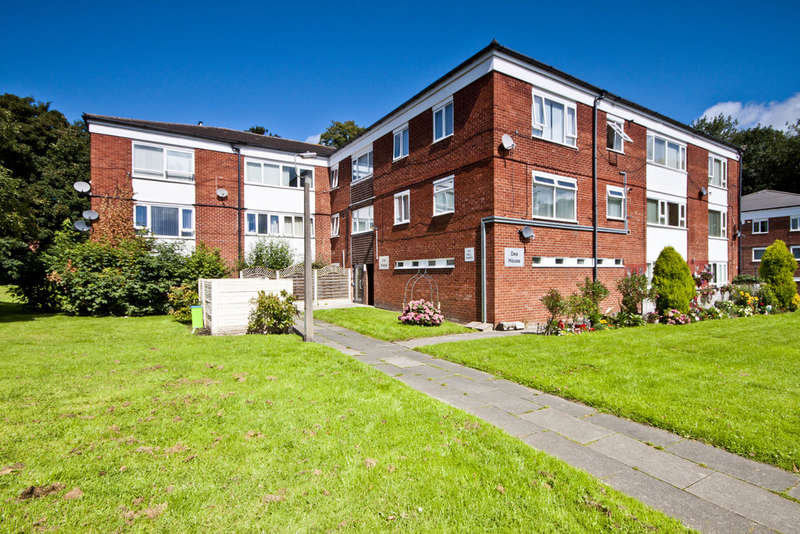 2 Bedrooms Flat for sale in Dee House, Ribble Road, Liverpool, L25