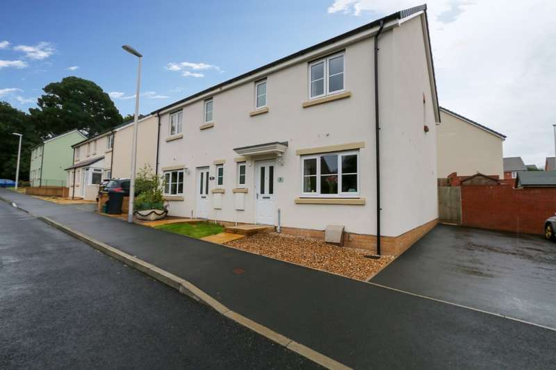 3 Bedrooms Semi Detached House for sale in Poppy Close, Newton Abbot