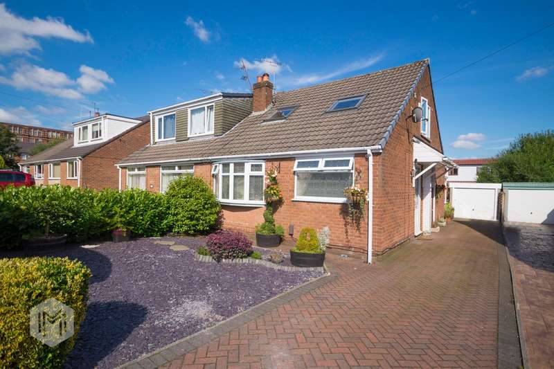 3 Bedrooms Detached House for sale in Wiltshire Close, Bury, BL9